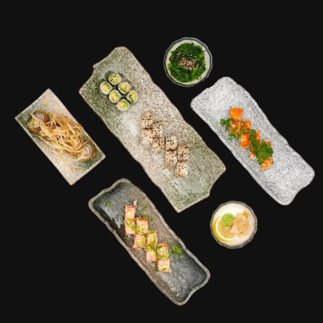Har du prøvet vores Selection Menu med 34 stk ? 😋  #catchsushibar #sushi #nigiri #maki #foodporn #aalborg #bar #cocktails #cocktail #nordensparis #allyoucaneat #sushifestival #takeaway #food #yummy #delicious #giftcard #giveaway #gift #wine #wineanddine #new #newin #cocktails #vibes #catering #event #events  -